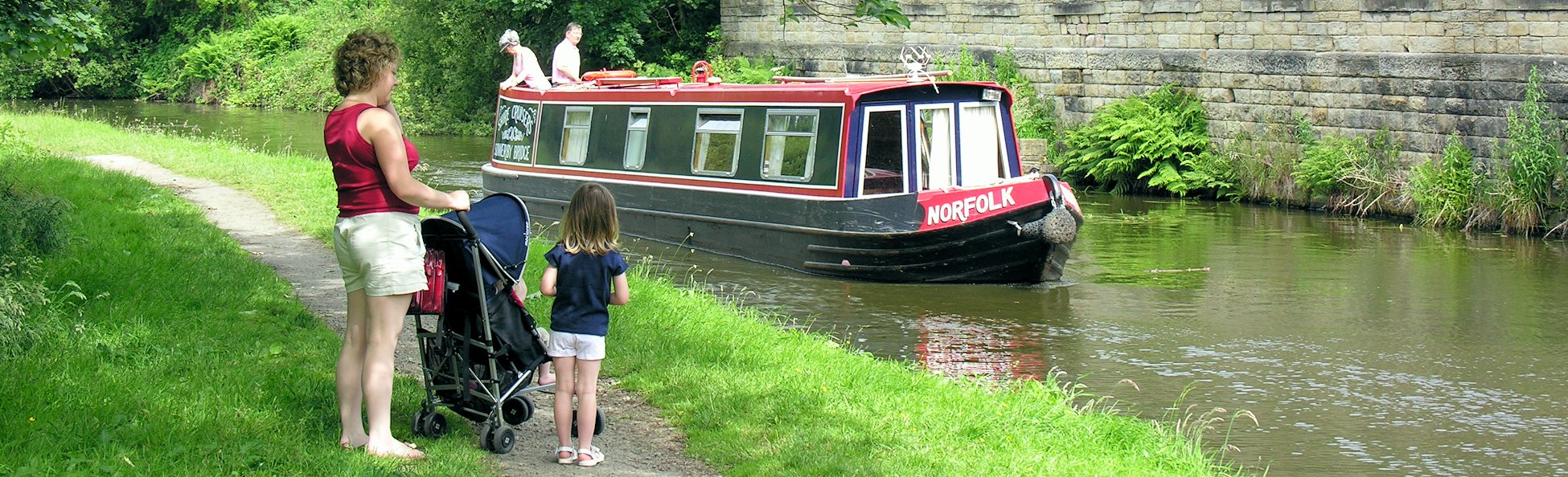 Brearley, Rochdale Canal