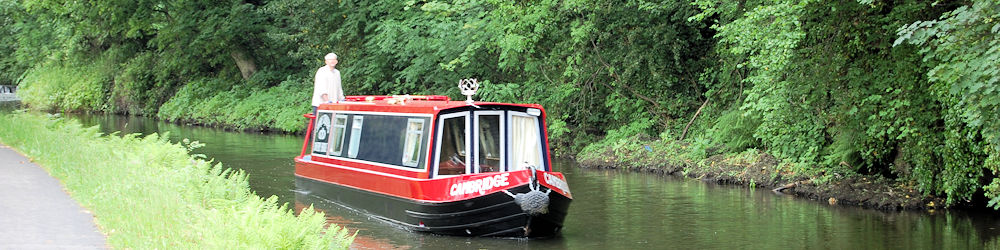 Cambridge Narrow Boat For Hire On Yorkshire Canals
